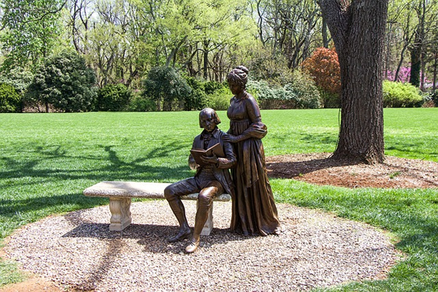Bronze statues of James Madison and his wife on their estate.